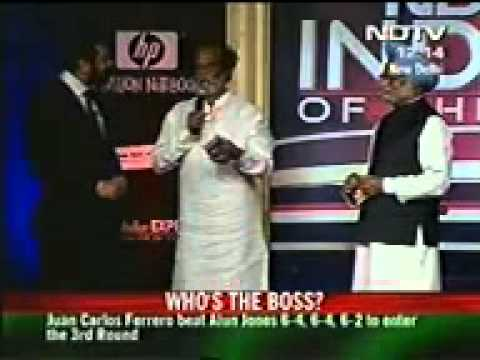 Indian Super Star Rajini Kanth's   Rajni and Shah Rukh in NDTV Indian of the year Award