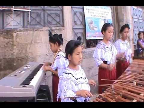 Marimba Sonal Yet Xeq a desde el parque de Barillas Maria Luz