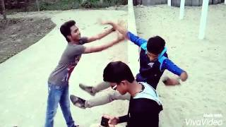 Bangla funny video ( Friends Ki Emon Hoy?? )