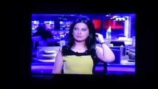 مذيعة لبنانية لم تنتبه أنها على الهواء - شاهد ماذا فعلت