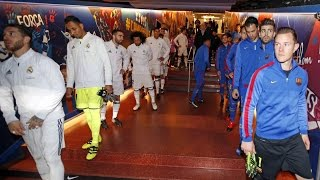 FC Barcelona - Real Madrid: The players in the tunnel before the game