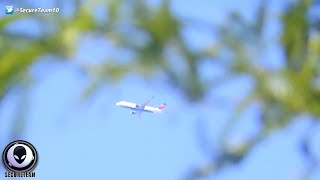 WTF? Commercial Jet Completely STOPS In Mid Air! 11/24/2015