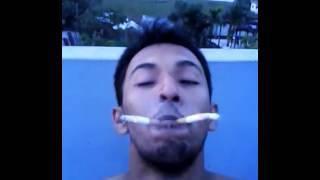 shei rokom cigarett khor...