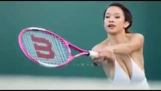 Pemain Tenis Dengan Buah Dada Terbesar Di Dunia