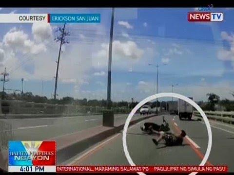 Xxx Mp4 BP Motorcycle Rider Sumemplang Matapis Tumama Sa Gutter Sa QC 3gp Sex
