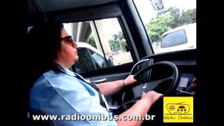Carlos Henrique Radio Ônibus entrevista mulher motorista de ônibus de 2 andares