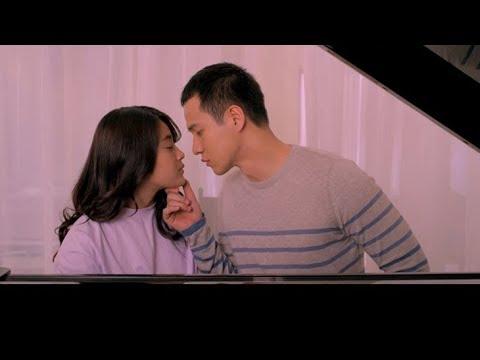 10 Adegan Ciuman Film Indonesia