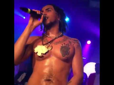 LAIOUNG A Petto Nudo & Senza Autotune Canta- Wooh Live RRR MOB