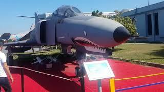 VLOG: Havacılık Müzesinde Uçakları Gezdik | Çocuklar için Uçak Videosu | Konuşan Anne