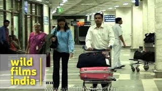 Customs clearance for arriving passengers, Mumbai airport