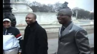 Mr Latin & Dimeji visit the Queen of England2