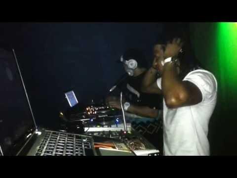 Clip#2: Sabado de Oh My God: ReggaeWorldCrew @Ebony 08-06-13 DjFofoRWC Ft Mc Javar (7 Min)