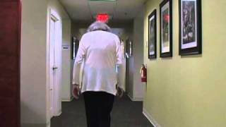 What are the symptoms of Parkinson's Disease? - Ask the Experts