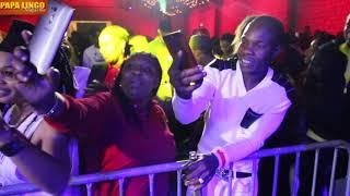 Samy succes en concert live a  Paris dock eifel 2500 PLACES