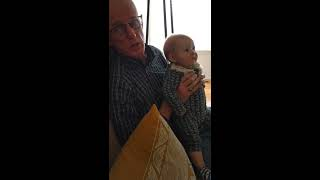 Dad singing 1920s Frisian songs to my daughter