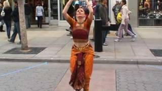 ALAIPAYUTHEY performed by Jai-Jagdeesh