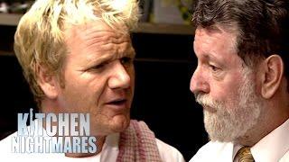Chef Ramsay Furious at Awkward Pub Manager   Kitchen Nightmares