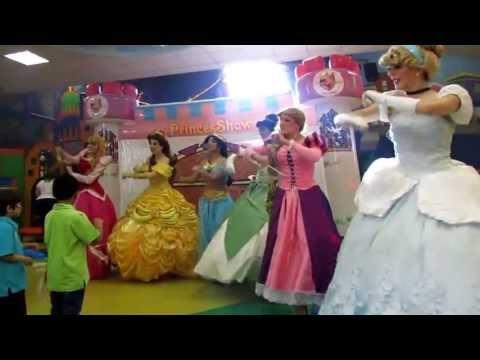 PrincesShow Show de Princesas en Monterrey Cenicienta Rapunzel Mérida Jazmín
