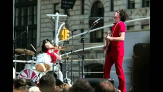 Screwdriver - The White Stripes (lyrics)