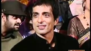 Anushka Sharma performing at Apsara Awards 2011 HD  with Akshay Kumar    YouTube