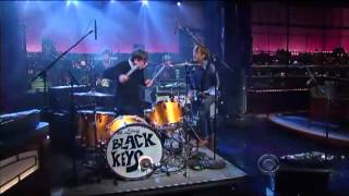 The Black Keys - Howlin' For You On Letterman .mp4