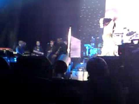 Jamiroquai - Rock Dust Light Star - LG Arena 17/04/2011
