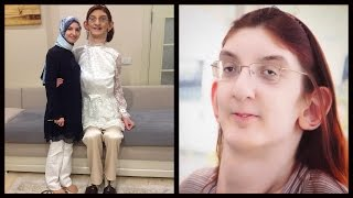 7 Foot Girl Is The World's Tallest Teenager