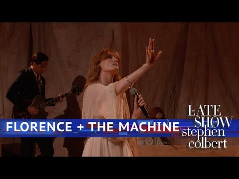 Florence + The Machine Perform 'Hunger'