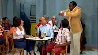 Os Trapalhões - Mussum diz que vai pagar birita pra todos no bar