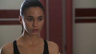 Emmanuelle Chriqui as Claire Bonner