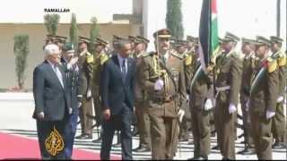 Obama backs talks for Middle East peace