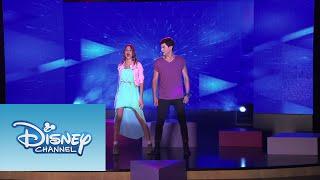 Violetta: Los chicos cantan ¨Yo soy así¨ (Temp 2 - Ep 20)