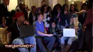 Nicki Minaj plays snippets from