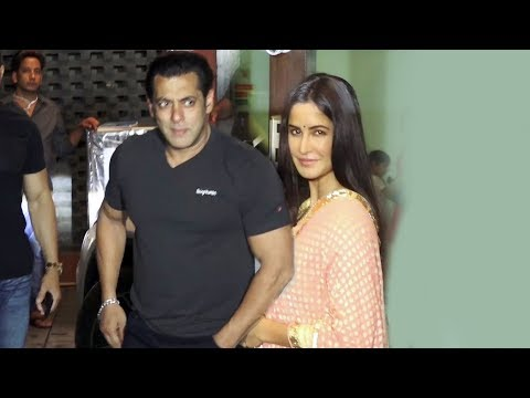Xxx Mp4 Katrina Kaif और Salman Khan पहुचे Arpita Khan के EID PARTY में 3gp Sex