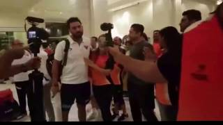 IPL - The Winning Faces Arrive After SunRisers Hyderabad Beats RCB By 35 Runs