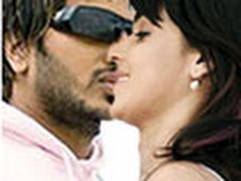 Xxx Mp4 Ritesh And Genelia S HOT KISS In Public 3gp Sex