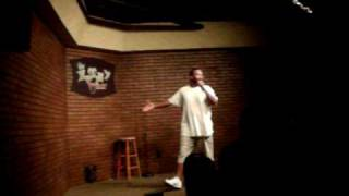 Comedian Crazy Rio...LIVE@THE LOONEY BIN COMEDY CLUB.avi