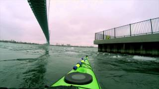 Detroit River Kayaking with ICEBERGS March 21 2015 - Wilderness Systems 170 Tempest GOPRO