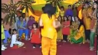 haye haye jawani dance - YouTube_2.FLV