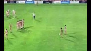 Nude players-Football
