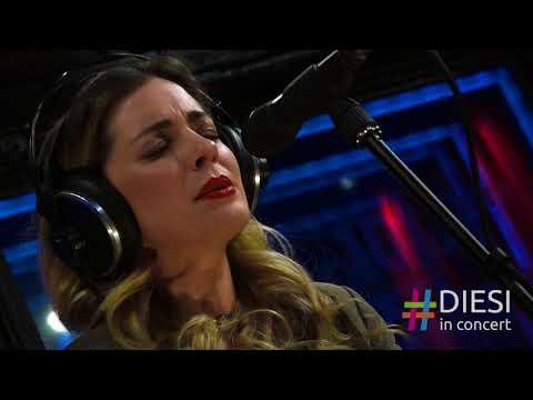 Νατάσσα Μποφίλιου - Χάθηκε το φεγγάρι   Diesi in Concert