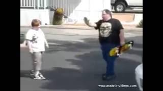 Gordo Caindo de Skate