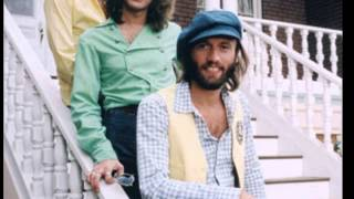 BEE GEES LIVE CONCERT 1977 TRIPLE HITS MEDLEY