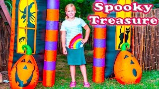 ASSISTANT Backyard Fort  Paw Patrol Treasure Hunt with Lion Guard  Surprise Toys Adventure Video
