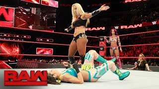 Sasha Banks & Bayley vs. Mandy Rose & Sonya Deville: Raw, Jan. 8, 2018