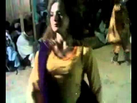 GHAZALA JAVED NEW SEXY DANCE   AUGUST 2010   Sex Tape     Desi Video Network