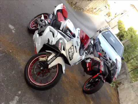 APRILIA RS 125 WHITE LINE RETURN TO THE STREETS