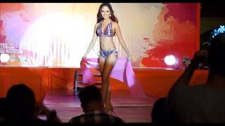 2 Miss fall down in high heels during Miss Silka 2015 Swimsuit Competition