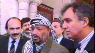 عرفات وموقفه الحقيقي بلسانه من حرب الخليج