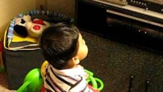 akshar watching  b4u music